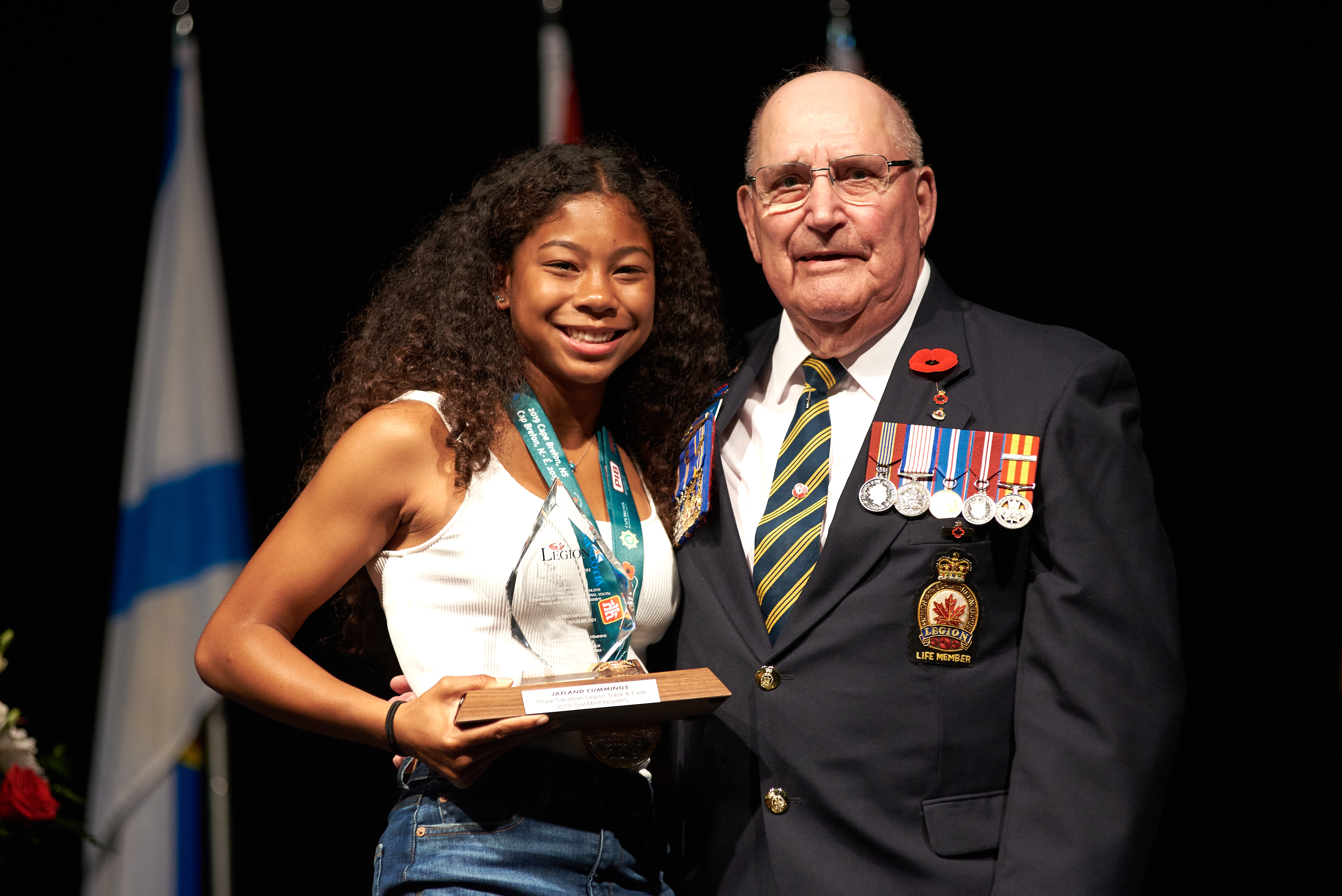 Jaeland Cummings from BC/Yukon Command receives the LeRoy Washburn Award for Top Female Athlete