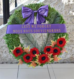 lest we forget wreath full